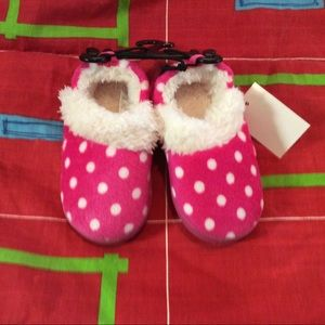New Toddler furry slippers pink polka dot 2 sizes